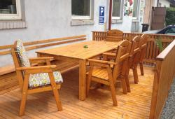 Venkovní stůl Abácie
